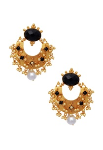 black-stones-statement-earrings