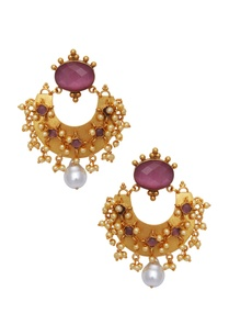 statement-earrings-encrusted-with-stones-pearls