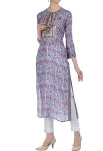 printed-tunic-with-patti-embroidery