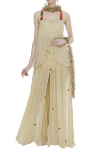layered-skirt-with-asymmetric-blouse-and-ruffle-dupatta