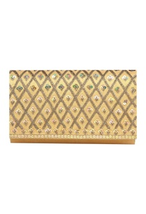 sequin-bead-clutch-with-detachable-chain