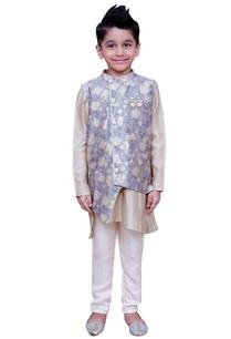 kurta-with-printed-jacket-and-pants