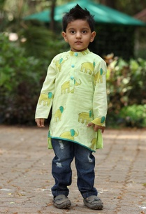 printed-asymmetric-cut-kurta