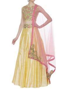 raw-silk-pleated-lehenga-with-floral-embroidered-blouse
