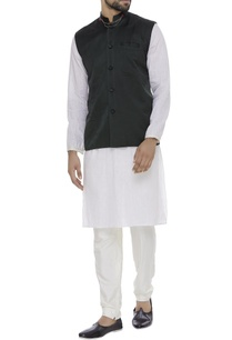 organic-silk-embellished-collar-nehru-jacket