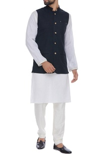 hand-embroidered-organic-silk-nehru-jacket