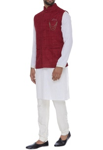 organic-silk-nehru-jacket-with-chain-brooch