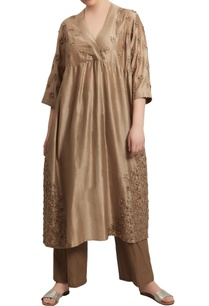 jaal-embroidered-kurta-with-pants