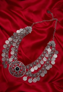 double-layered-necklace