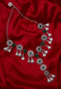 necklace-encrusted-with-stones