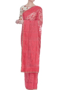 jamdani-sari-with-floral-embroidered-blouse