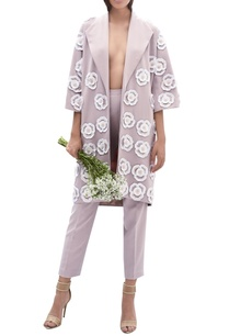 flower-embroidered-long-jacket