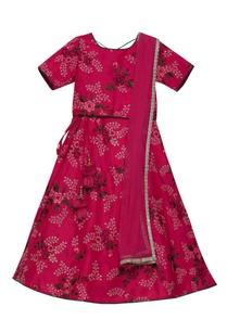 embroidered-lehenga-set