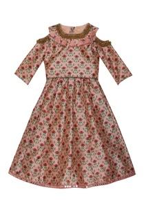 tassel-collar-floral-print-gown