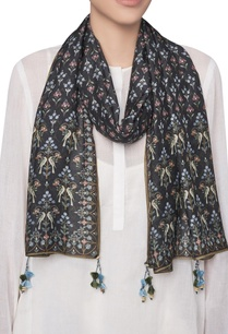 ranthambore-forest-inspired-digital-printed-stole