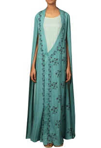 printed-maxi-dress-with-cape-sleeves