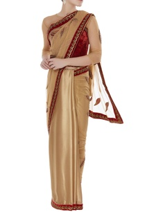 embroidered-classic-sari-with-velvet-blouse