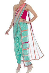 printed-dhoti-pants-with-sari-drape-unstitched-blouse-fabric