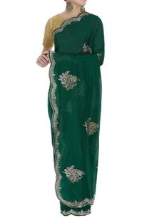 handwoven-sari-with-scallop-border