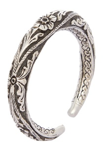 cuff-bangle-crafted-in-tribal-design
