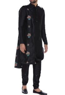 kurta-with-attached-embroidered-dupatta