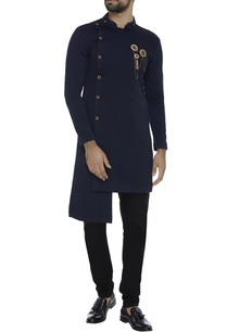 open-kurta-jacket-with-brooch
