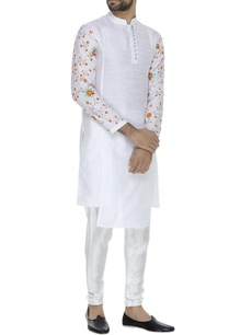 flower-embroidered-kurta