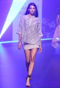 organza-sequin-applique-work-blouse