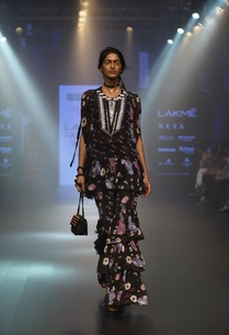 floral-mirror-work-embroidered-tunic-with-pants