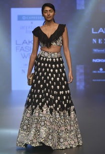 floral-embroidered-lehenga-with-blouse