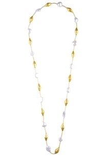 shell-pearl-necklace