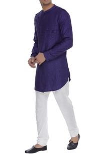 kurta-with-overlap-collar