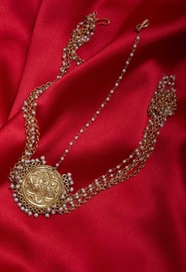 antique-gold-plated-mathapatti