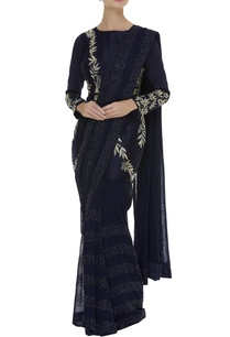 embroidered-sari-with-long-blouse