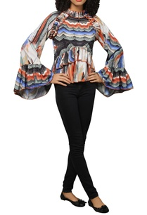 marble-print-frill-top