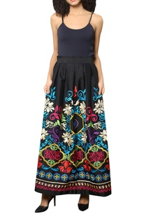 floral-embroidered-pleated-skirt