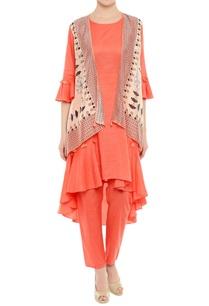 asymmetric-kurta-with-printed-jacket-and-pants