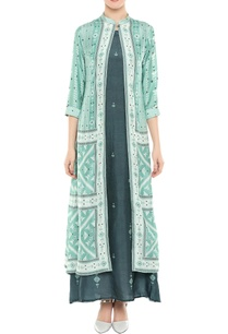 printed-jacket-with-inner-tunic