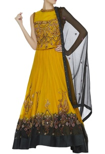 beaded-embroidered-lehenga-set
