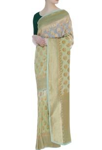 zari-lotus-motif-woven-sari