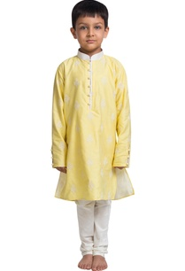 flower-embroidered-kurta-with-churidar