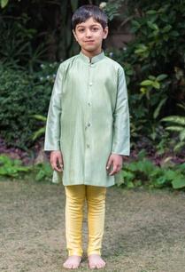pleated-long-kurta-with-churidar