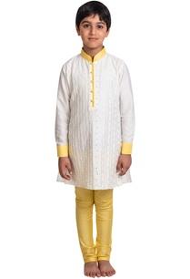 textured-pattern-kurta-with-churidar