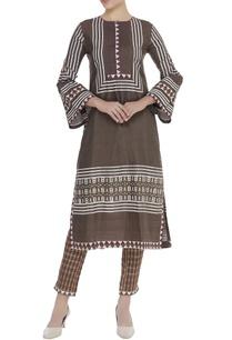 printed-kurta-with-checkered-pant