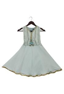 sleeveless-flared-dress