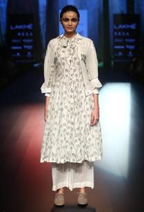 rising-leaf-embroidered-dress