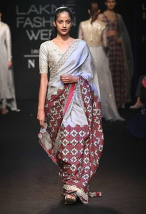 hand-embroidered-sari-with-blouse