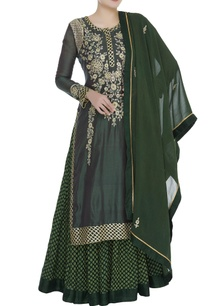 chanderi-brocade-gota-embroidered-kurta-set