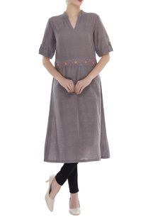 embrodiered-waist-tunic