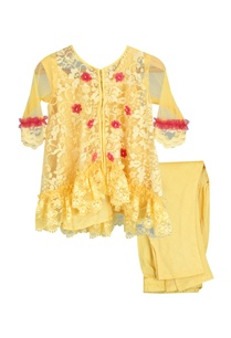 flower-motif-embroidered-kurta-set